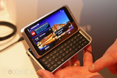 First Look: Nokia E7