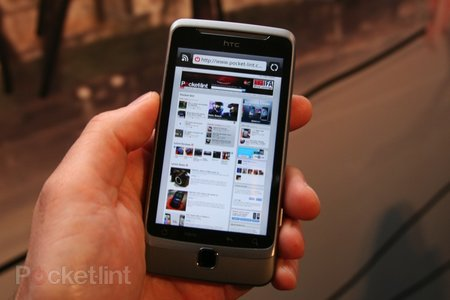 First Look: HTC Desire Z