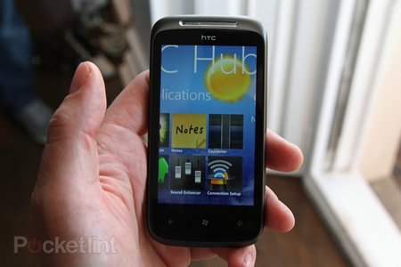 First Look: HTC 7 Mozart