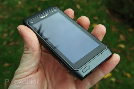 Nokia N8 review - photo 1