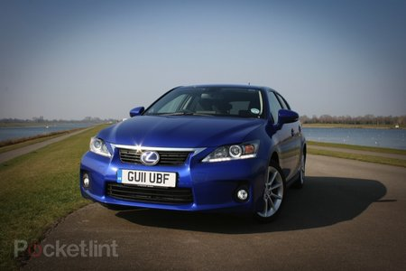 Lexus CT200h SE-I   review