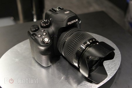 Fujifilm X-S1 review