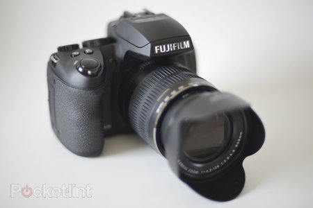 Fujifilm FinePix HS30EXR - photo 1