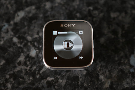 Sony SmartWatch - photo 5