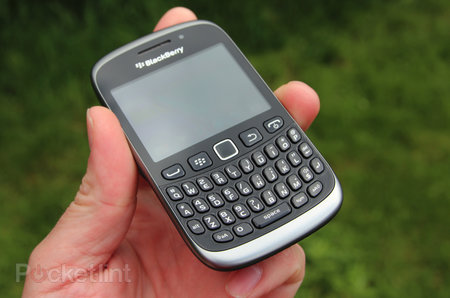 BlackBerry Curve 9320 review - photo 2