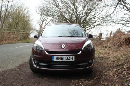 Renault Grand Scenic Dynamique TomTom 1.5 dCi review