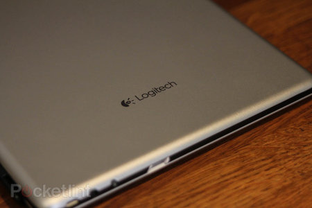 Logitech Ultrathin Keyboard Cover for iPad review - photo 2