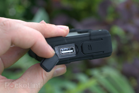 Mophie Juice Pack Powerstation Pro review - photo 7