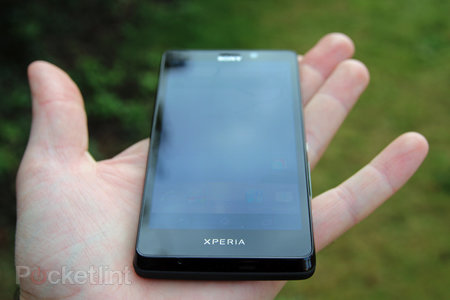 Sony Xperia T review - photo 3