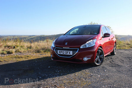 Peugeot 208 Allure e-HDi review - photo 1