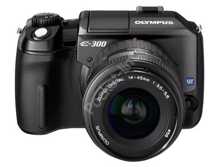 Olympus to reduce compact digital camera range to focus on DSLR