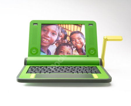 MIT unveils $100 laptop to the world - PLUS IMAGES - photo 3