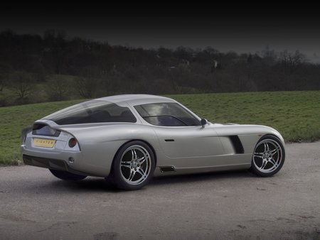 Bristol builds 1012bhp Fighter T sports car