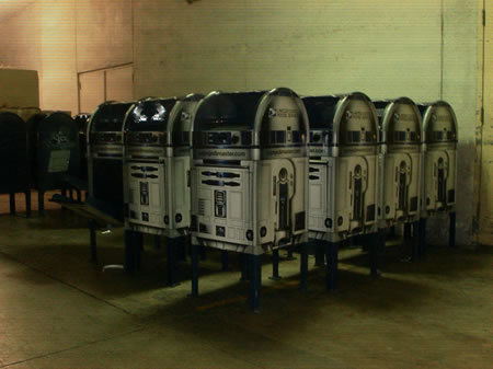 US Post Service turns to R2-D2 to collect mail