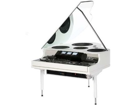 The Grandmaster mixer piano