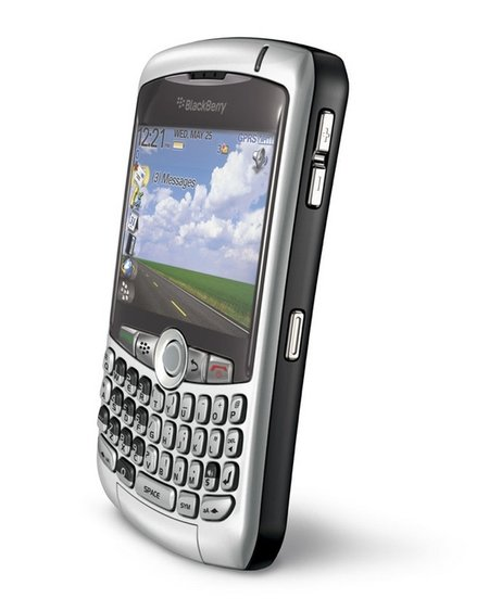 BlackBerry Curve gets European launch