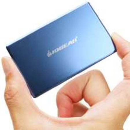 IOGEAR's 4GB credit card-sized flash drive