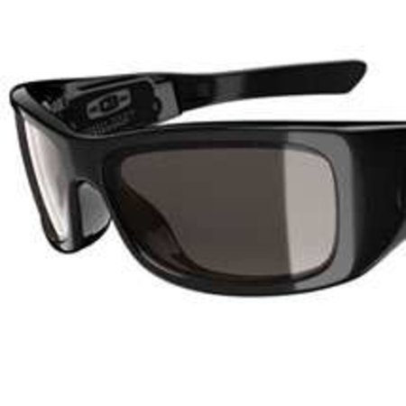 Oakley Split Thump sunnies with built-in MP3 player launch