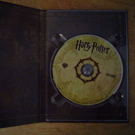 Warner puts HD DVDs in Potter Blu-ray box set