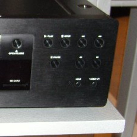 CES 2008: Marantz BD8002 Blu-ray player launches  - photo 1