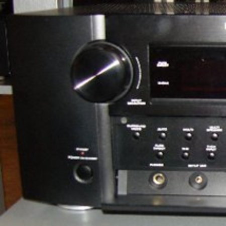 CES 2008: Marantz AV8003 Pre-Processor and Power Amp
