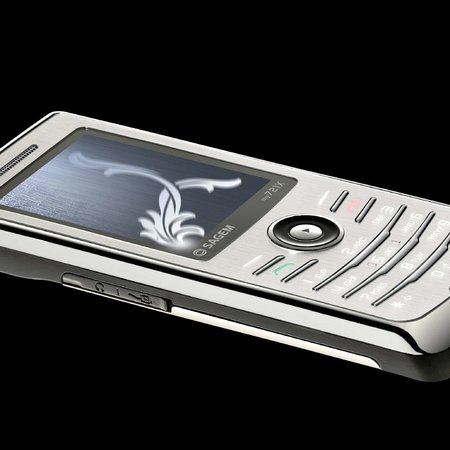 "Sagem gets swanky with new ""So iCE"" mobile"