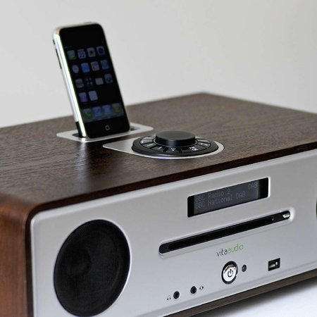 Vita Audio R4 integrated music system launches
