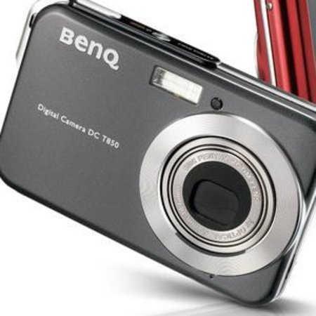 BenQ T850 camera sports iPhone-esque controls