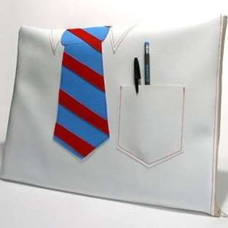"""9 to 5"" laptop sleeve launches"