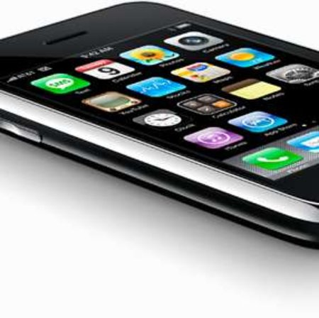Apple launches iPhone 3G