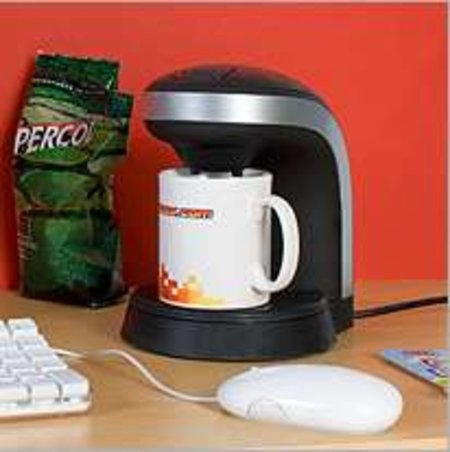 Desktop coffee maker launches