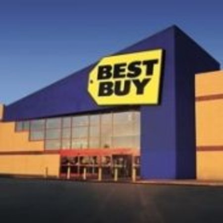 100 Best Buy shops planned for UK