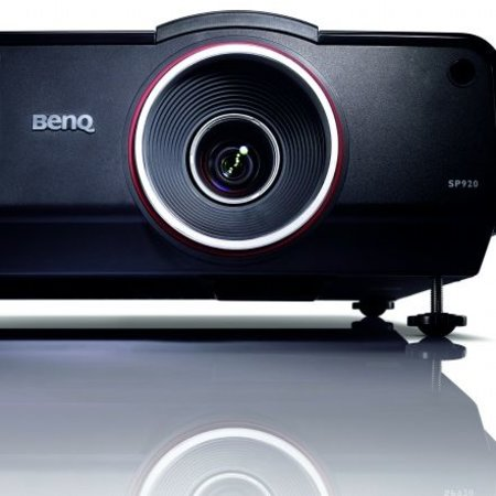 BenQ launches its brightest projectors yet - photo 1