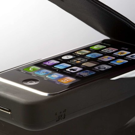iPow iPhone charger case launches