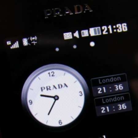 LG admits first Prada phone touchscreen confused customers
