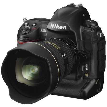 Nikon unveils the D3X DSLR