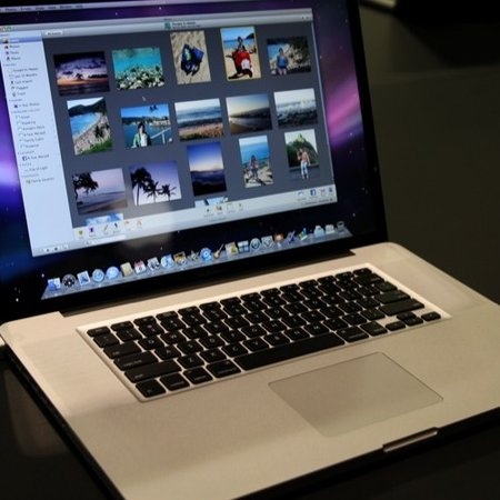 17-inch Apple MacBook Pro