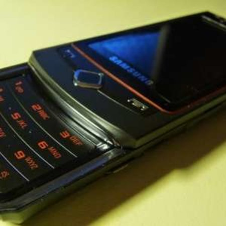 "New 8MP Samsung ""Loches"" phone rumoured"