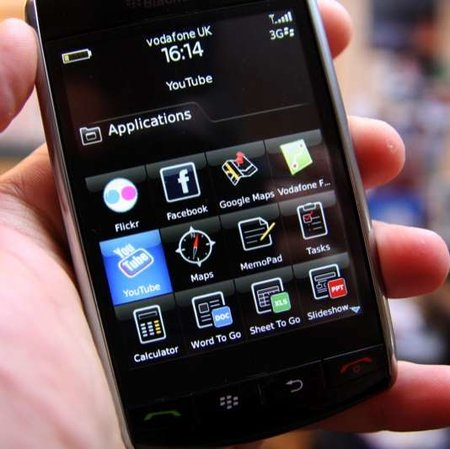 Verizon has sold 1 million BlackBerry Storms