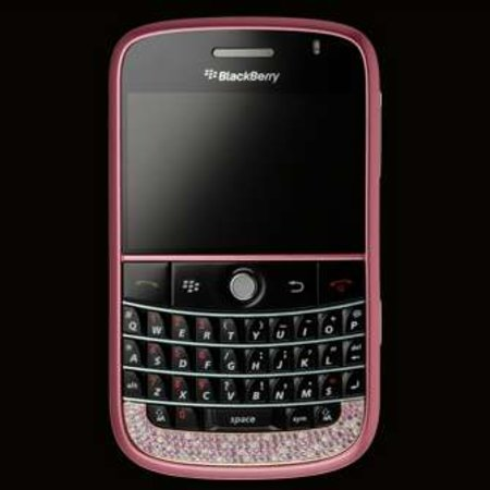 Amosu offers pink diamond BlackBerry Bold