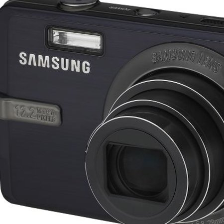 Samsung IT100 camera launched
