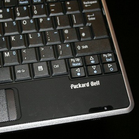 Packard Bell Dot notebook ditched