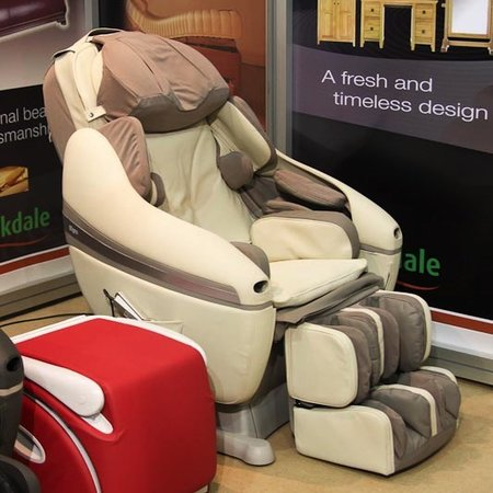 Inada Sogno massage chair promises to work those pains
