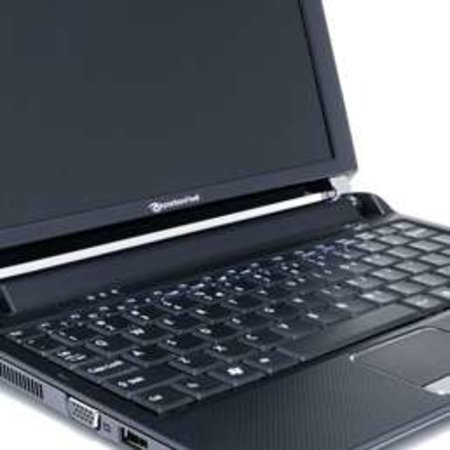 "Packard Bell launches new ""dot"" netbooks"