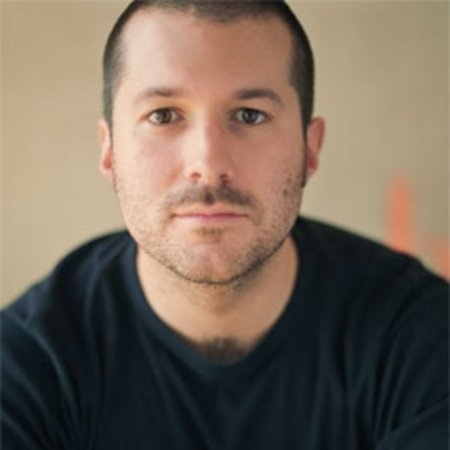 Apple designer Jonathan Ive loses bid for domain names