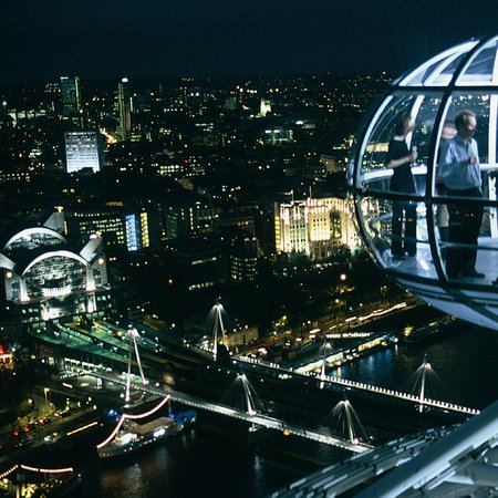 "London Eye to get Wi-Fi-enabled, multimedia ""daddy"" capsule"