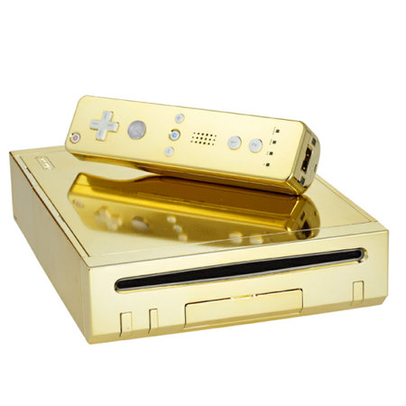 Queen gets gold-plated Nintendo Wii