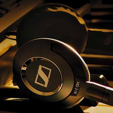 Sennheiser launches HD218 and HD228 headphones