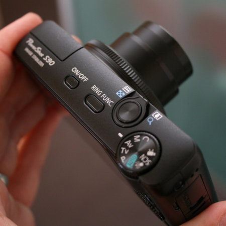 Canon S90 sees PowerShot S-series return