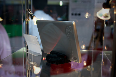 Toshiba goes tablet with the Journe Touch - photo 5